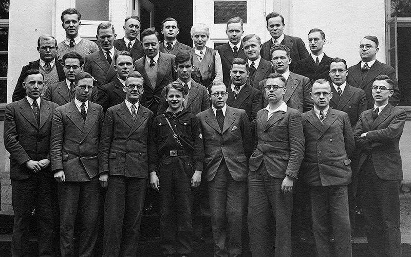 Bonhoeffer with Nazi resistance group
