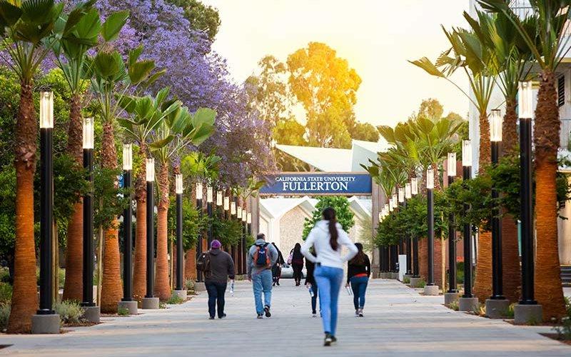 CSUF Promenade