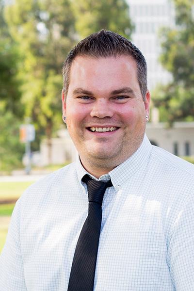 Portrait of Dr. Kevin Thomas