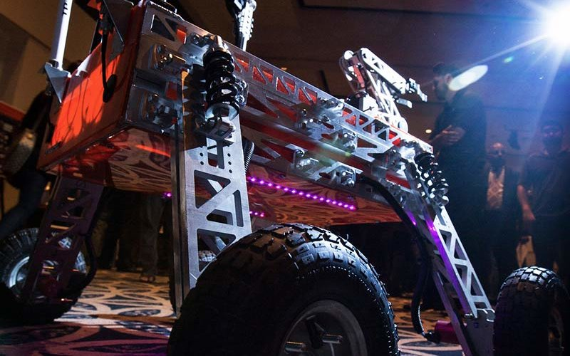 ECS Showcase with image of a Mars Rover