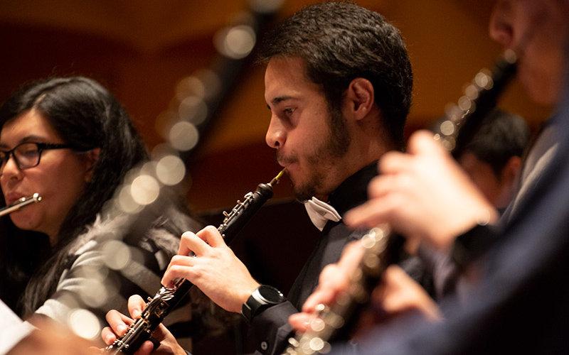 Jesus Ramos playing clarinet.