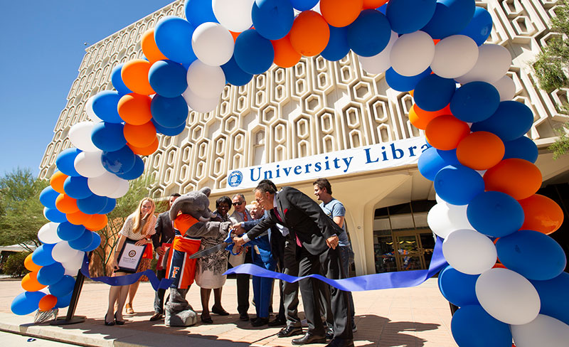 Ribbon cutting ceremony of Pollak Library