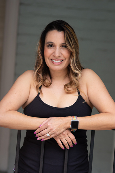 CSUF Romance writer Marie Loggia Kee