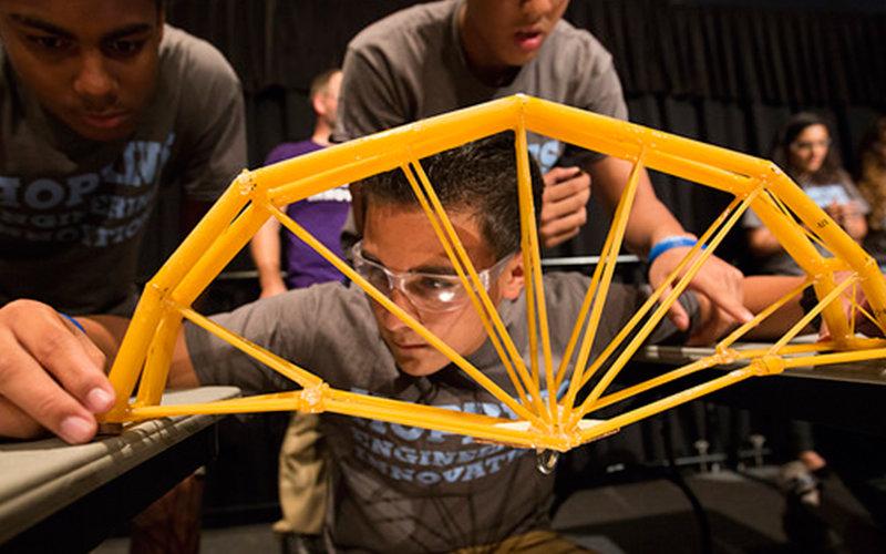 Spaghetti Bridge Competition