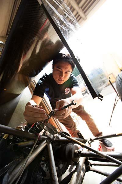 Titan Racing Team building race car