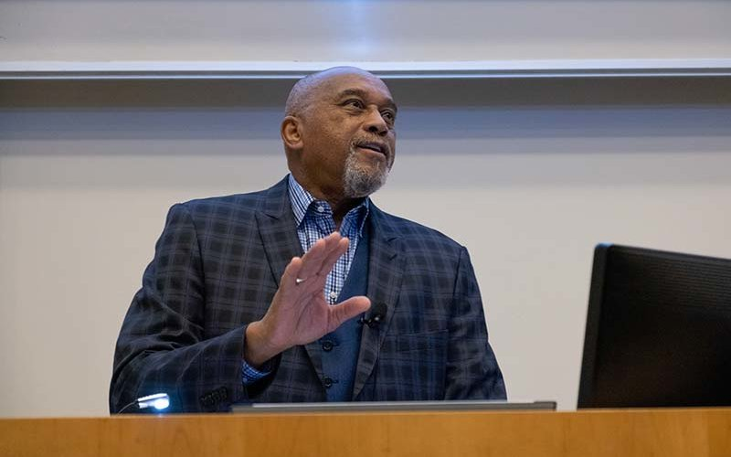 Tommie Smith at podium