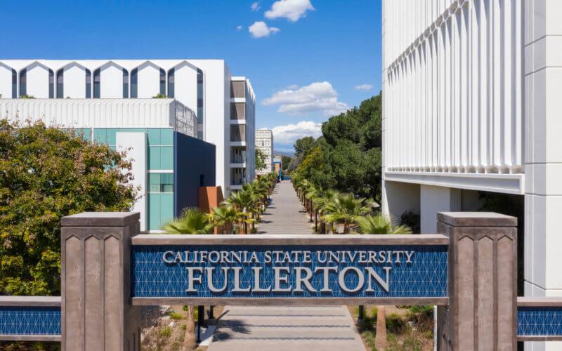 Cal State Fullerton promenade gateway