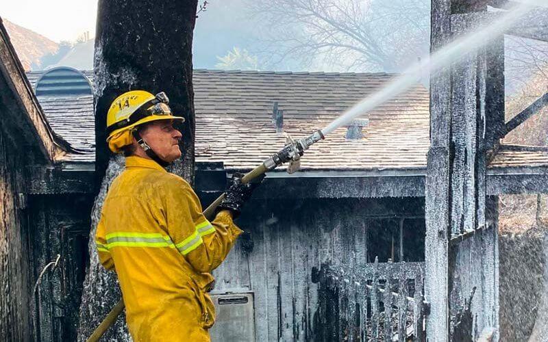 Robert Meeds fighting fire
