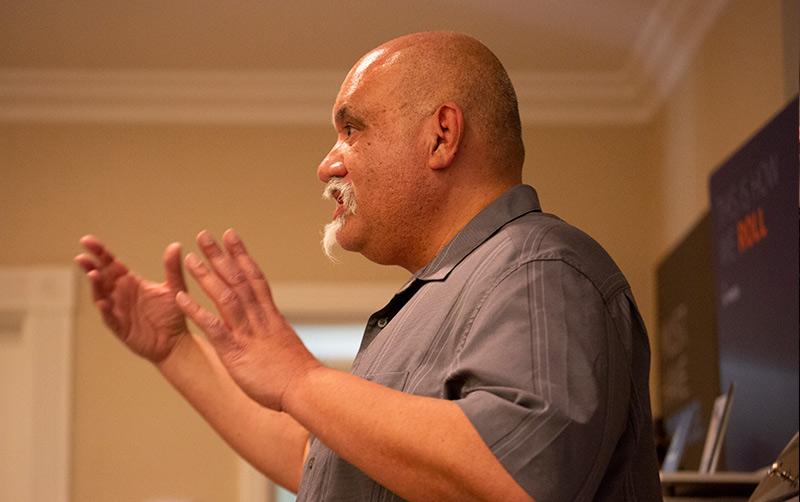 Professor Robert Castro