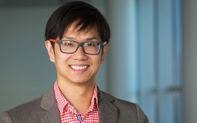 CSUF Business Professor Steven Chen