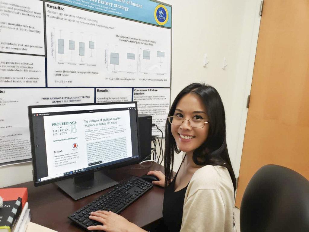 Vanessa Bruno on computer