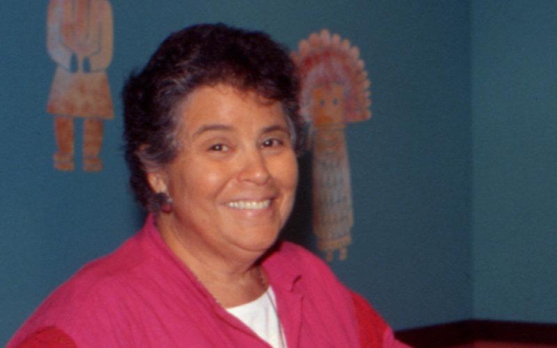 Zena Pearlstone
